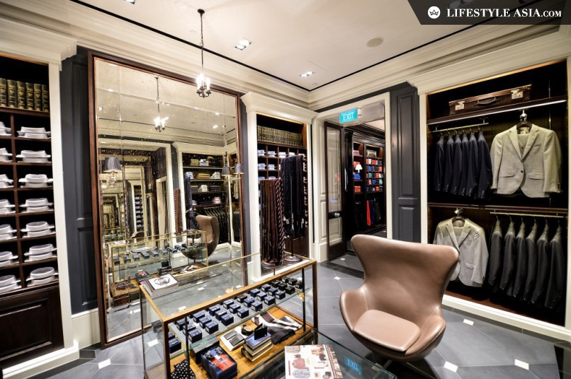 The flagship Hackett boutique at The Shoppes at Marina Bay Sands stands at 2,575 sq ft.