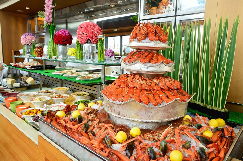seafood menus to try in hong kong this summer harbourside seafood buffet with buffet cuisine fly. Black Bedroom Furniture Sets. Home Design Ideas