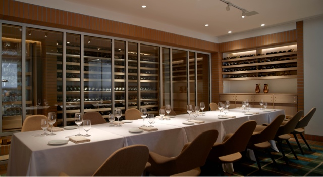 Hour of power 5 best hong kong business lunches in for Dining room hong kong