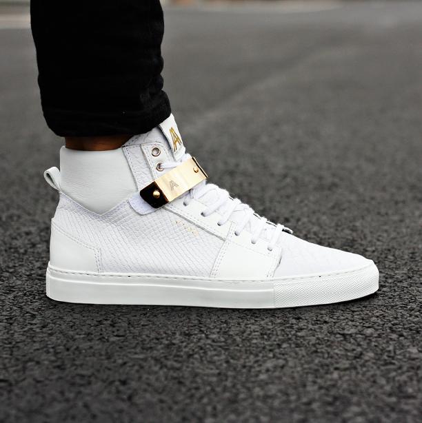 FOOTWEAR - Low-tops & sneakers Axel Arigato UMR3qkm9HP