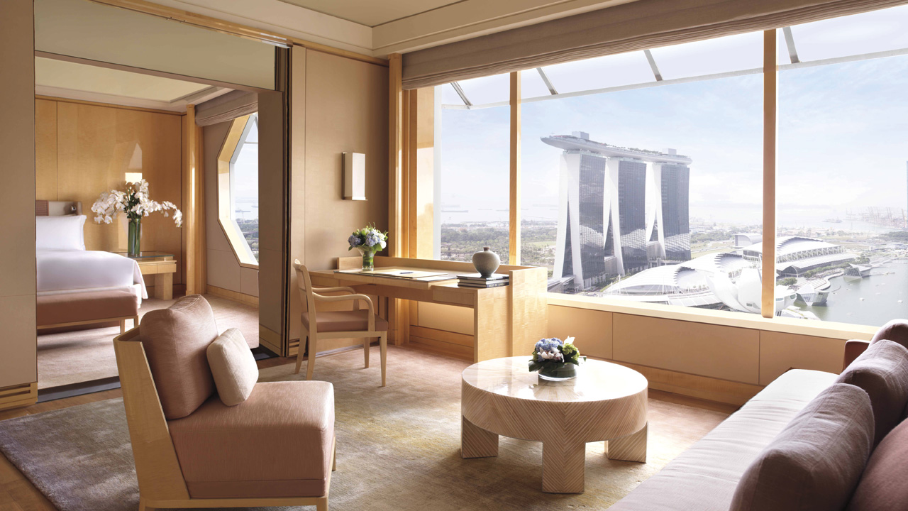 Review the ritz carlton millenia singapore for Chambre de commerce singapour