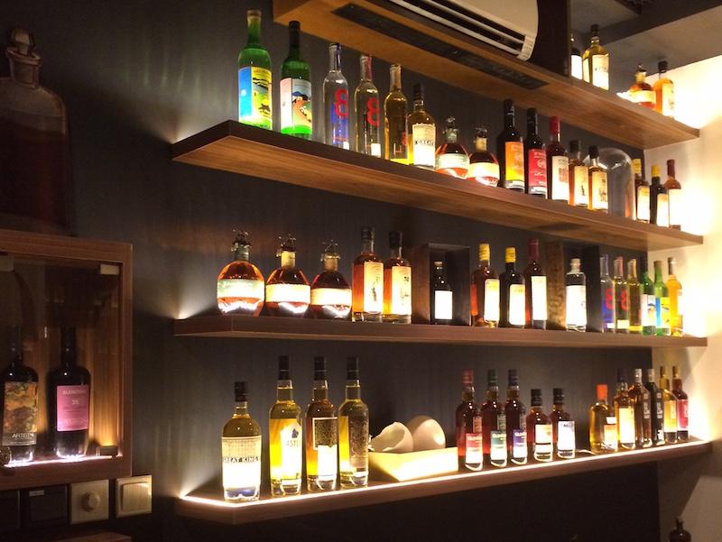 Hot list fine dining deals la maison du whisky pop up - La maison du stickers ...