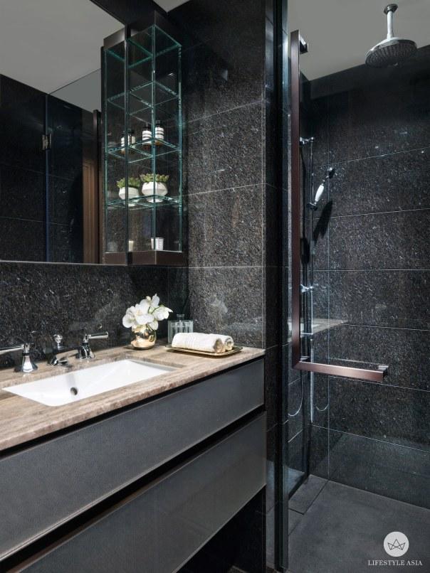 8KF bathroom