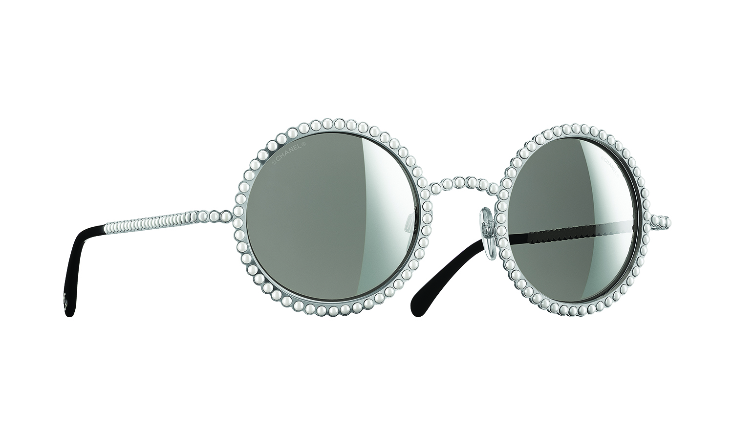 Precious pearls: Chanel\'s new eyewear collection makes a statement ...