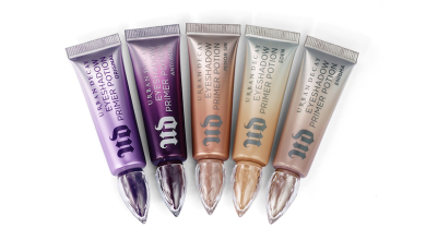 urban decay-ultraviolet edge-feat pic