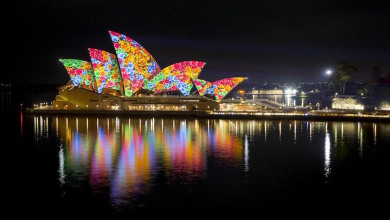 The iconic Sydney Opera House comes alive with bright lights at the Vivid Sydney festival.