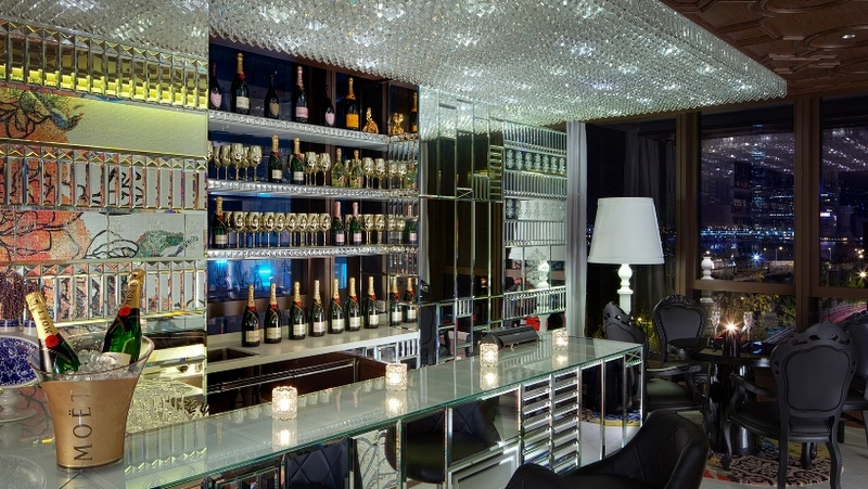 hong kong 39 s 10 best champagne bars lifestyle asia hong kong. Black Bedroom Furniture Sets. Home Design Ideas