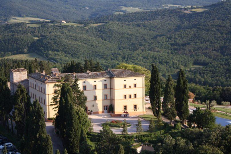 Castello di Casole_Entry Drive