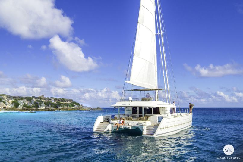 NIZUC Catamaran 1